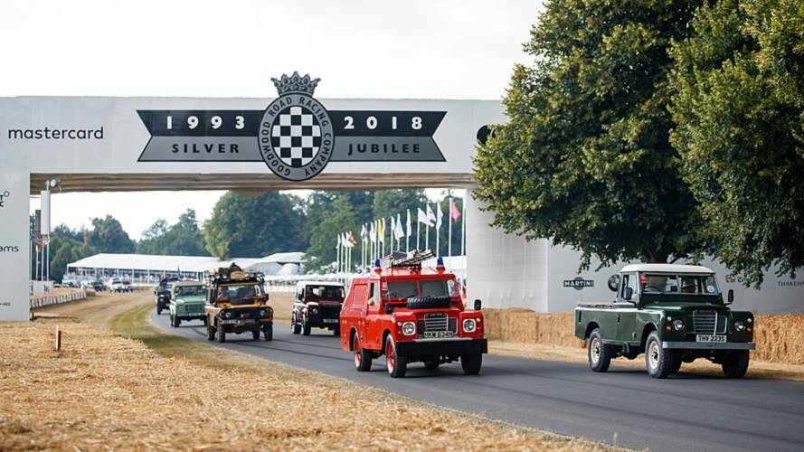 Un desfile de 70 Land Rover deslumbra en el Goodwood Festival of Speed