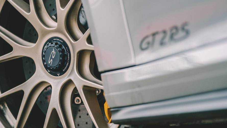Vidéo - Porsche réinvente le ballet sur glace... en GT2 RS !