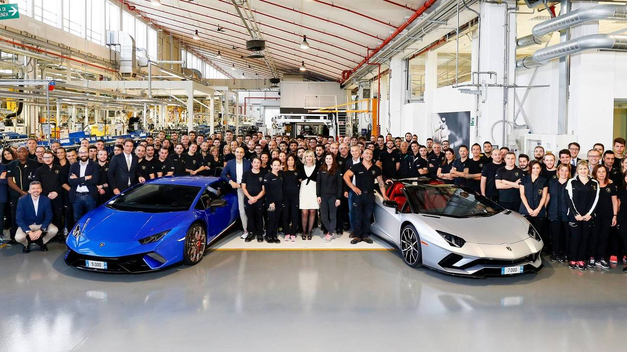 Lamborghini celebrates Aventador and Huracan production milestones