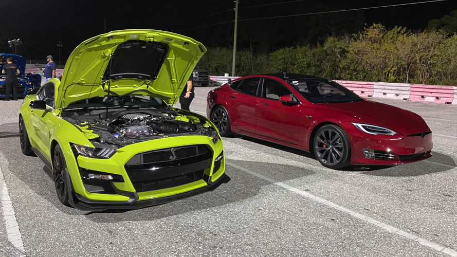 Shelby GT500 Meets Tesla Model S Performance At Drag Strip