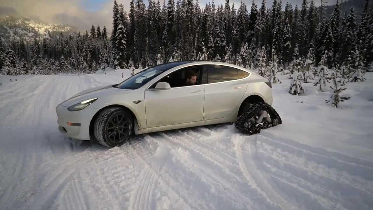 Tesla Mdel 3 with snow tracks