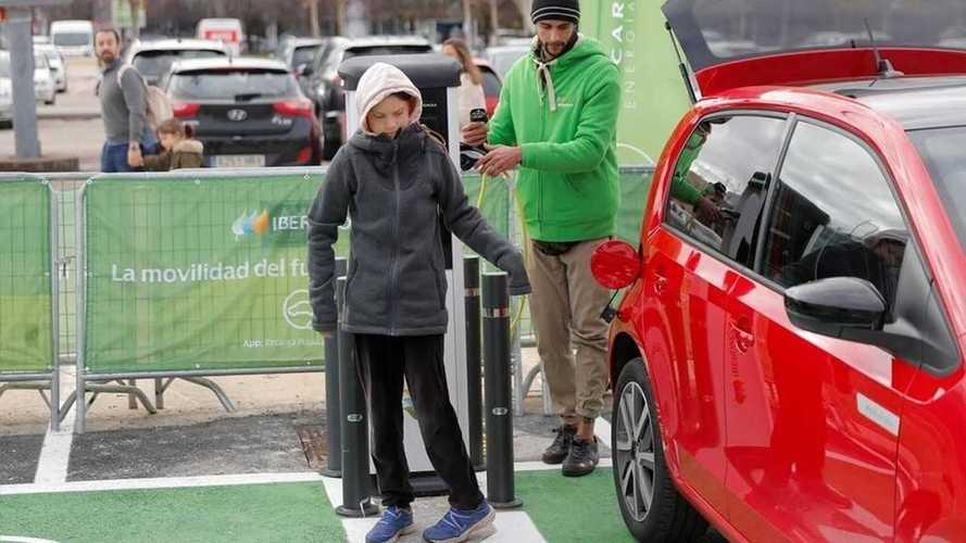 Greta Thunberg alla COP25 con una Seat Mii electric