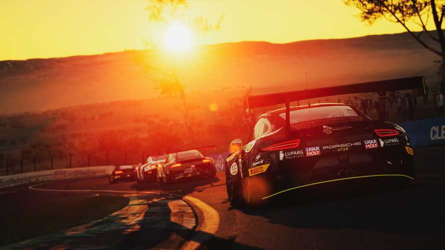 Assetto Corsa Competizione racing sim coming to PS4, XBox One