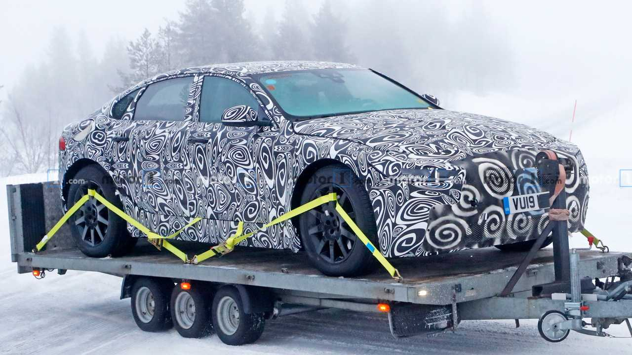 Jaguar XJ EV Spy Shots