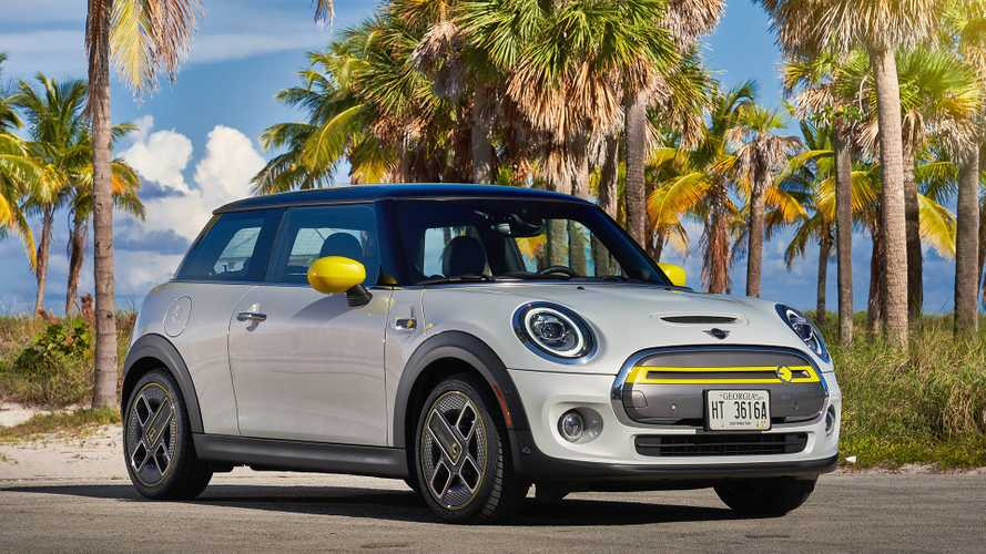 2020 MINI Cooper SE: Big Fun, Short On Range, But Easy On The Wallet