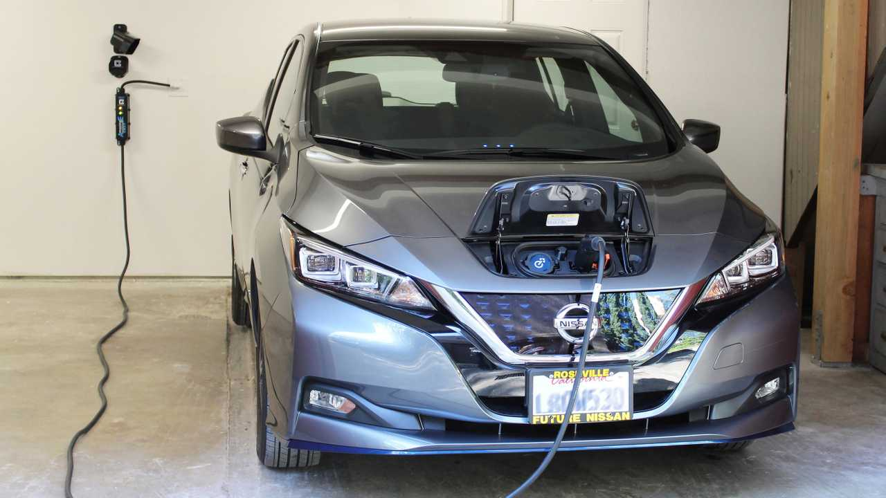 ClipperCreek Introduces New 7.7 kW AmazingE FAST Charging Station