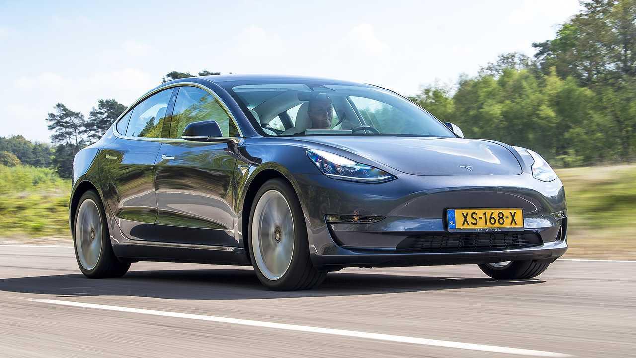 Tesla Model 3 Standard Range Plus - 34.880 euro