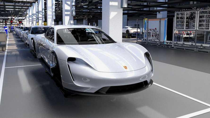 Porsche Taycan bate recorde de pedidos e marca recorre à ajuda da Audi