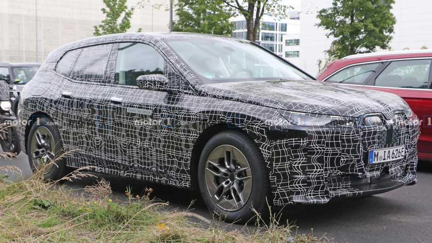 BMW iNext Spy Photos
