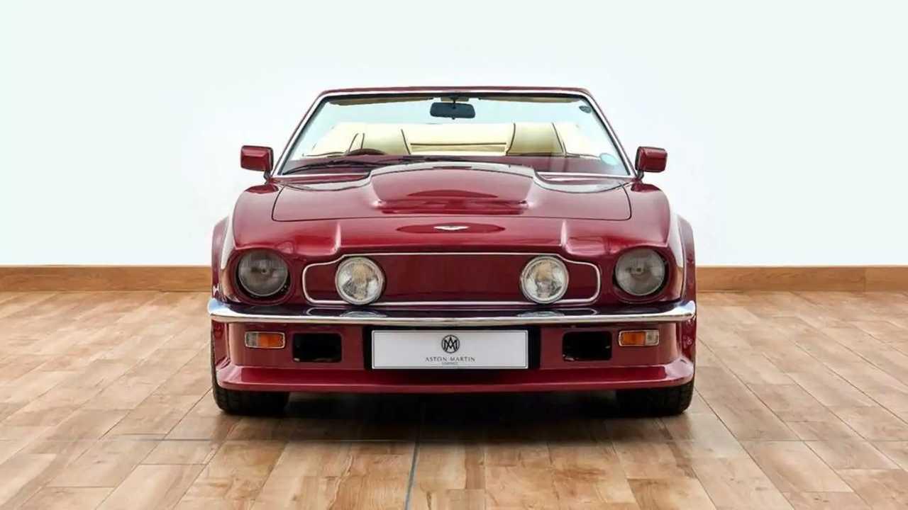 Aston Martin V8 Volante 1988 года