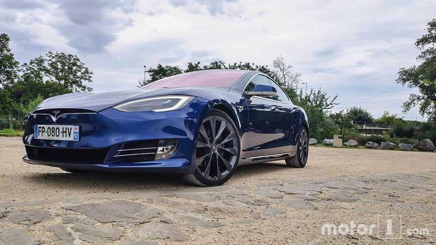 Pourquoi Tesla doit verser 13'000 € à ses clients norvégiens ?