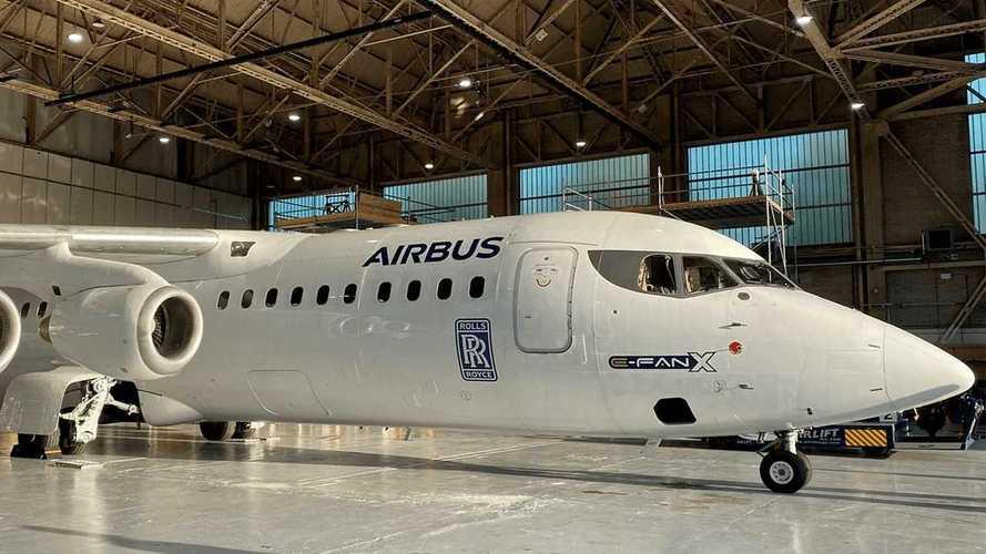 L'aereo elettrico non decolla: Airbus ferma i progetti con Rolls-Royce
