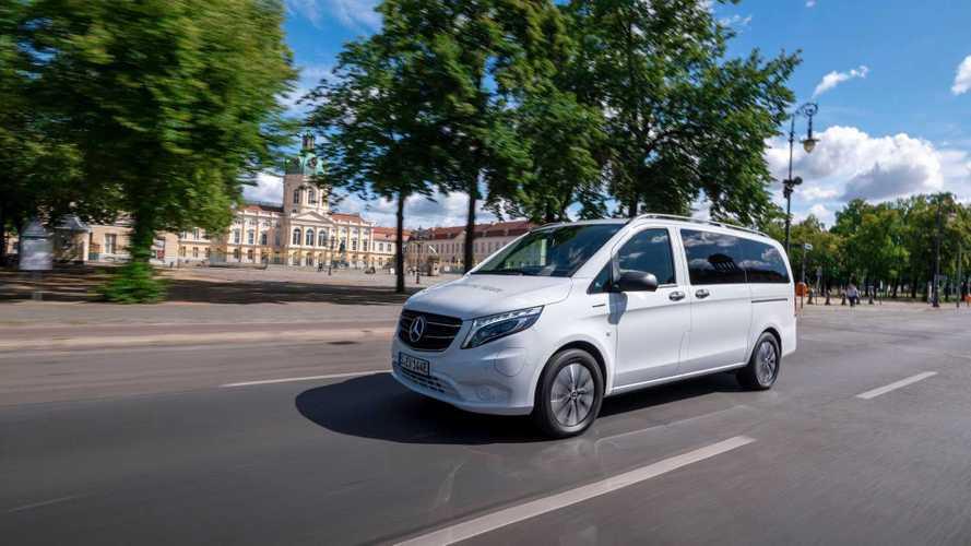 Mercedes представил бюджетный электробус и фургон eVito