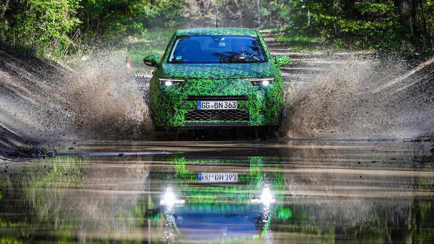 Opel выпустил новые трейлеры электрического Mokka