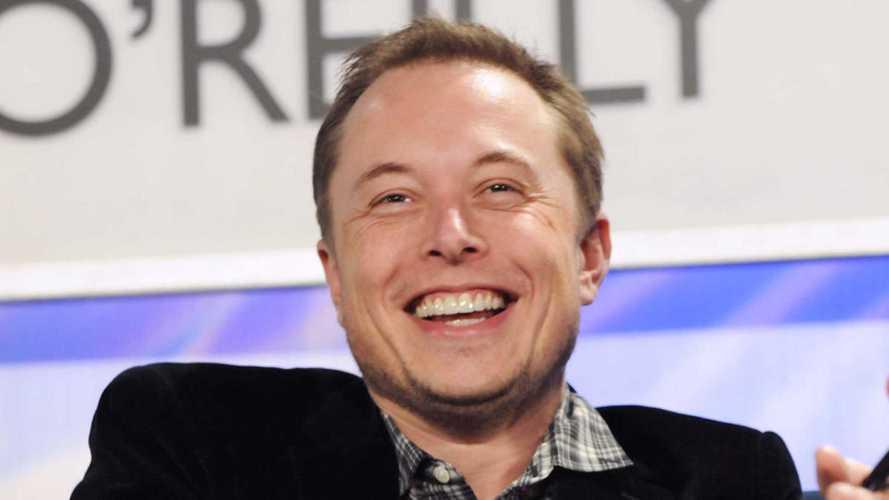 Маск: Я предлагал Apple купить Tesla. Они отказались даже говорить