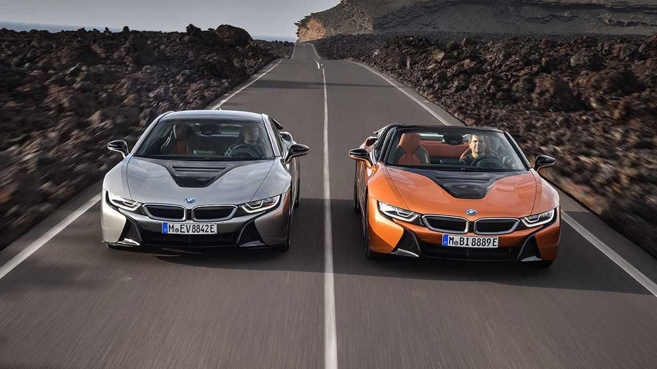 BMW официально представила новые купе и родстер i8
