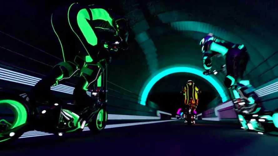 Экс-пилоты Формулы 1 запускают чемпионат гонок на электросамокатах