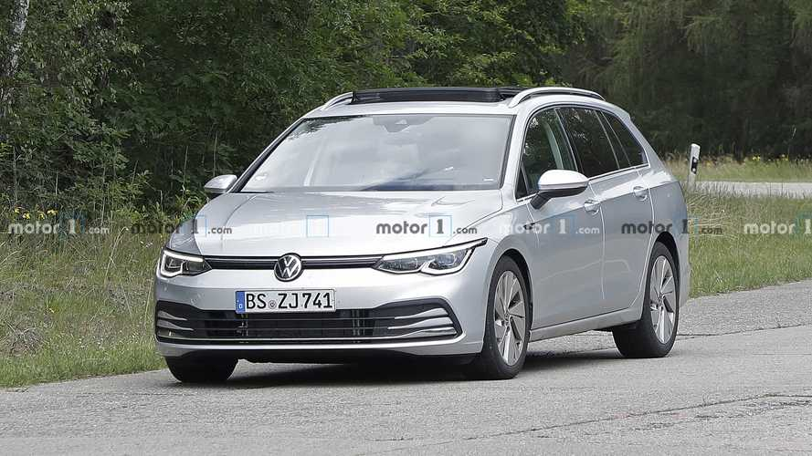 2021 VW Golf Alltrack and Estate spy photos