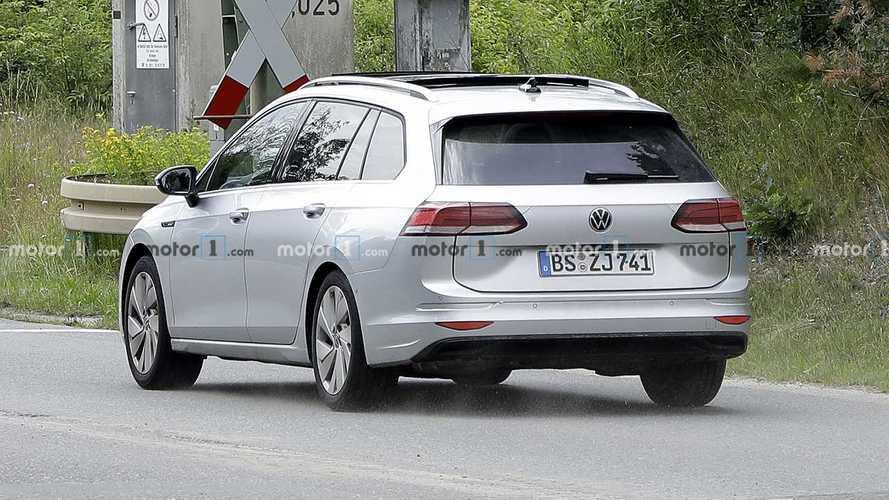 2021 VW Golf wagon spy photo - 5077784