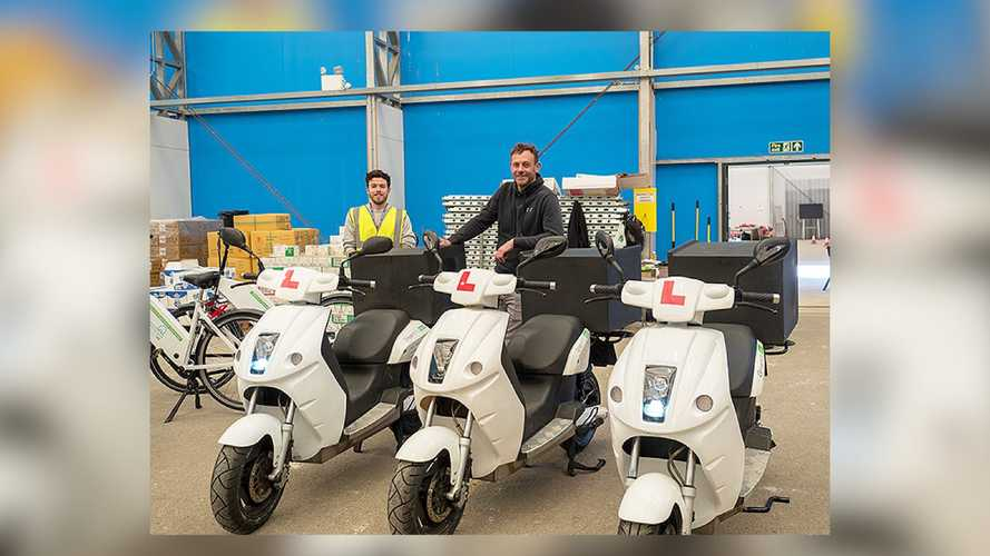 GreenMo UK Donates Electric Mopeds To Help Food Delivery Services