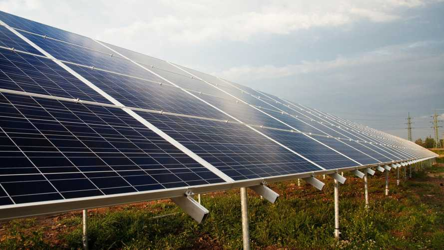 Un'alleanza italiana per sposare auto elettriche e fotovoltaico