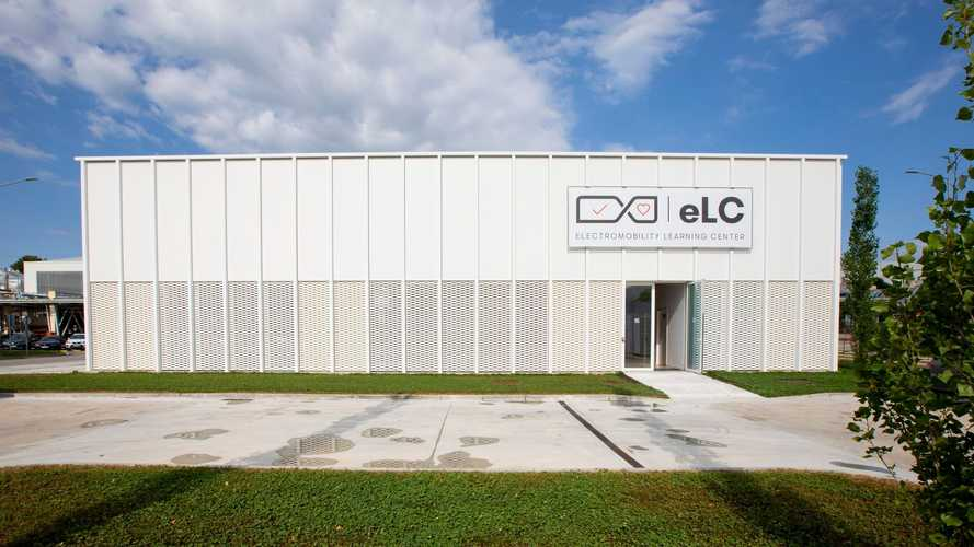 SEAT electromobility Learning Center (eLC)