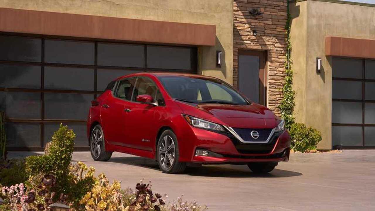 Nissan официально представил новый Leaf