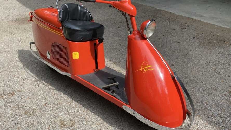 Mint 1947 Salsbury Model 85 Scooter Up For Grabs