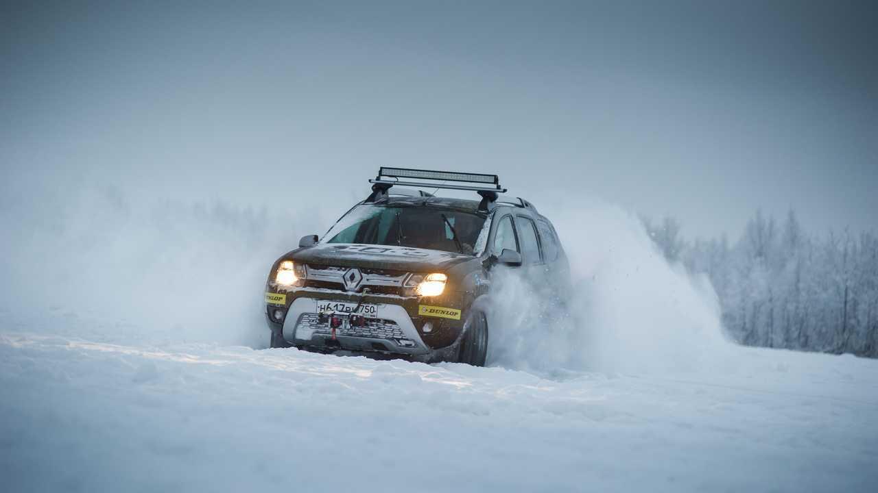 Renault Duster первого поколения в Арктике