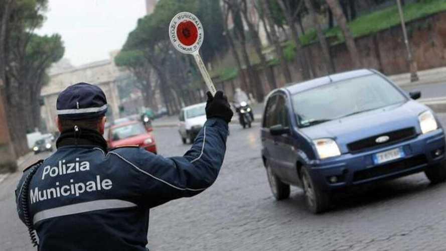 Roma, blocco del traffico domenica 14 marzo: orari e deroghe