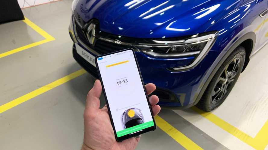 «Подключаемые» Renault – как это работает в России и где подвох?
