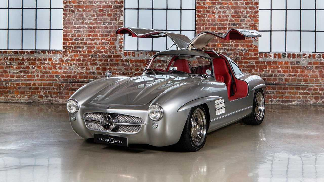 2001 Mercedes SLK 32 AMG turned into Gullwing replica