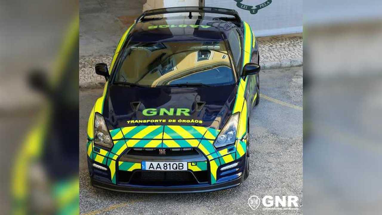 Un Nissan GT-R confiscado, para la policía de Portugal