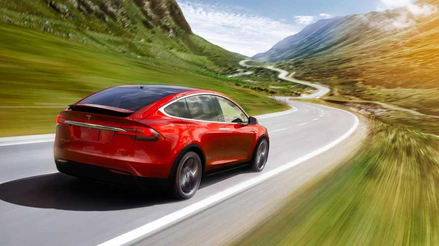 L'incroyable histoire du Tesla Model X loué par Daimler