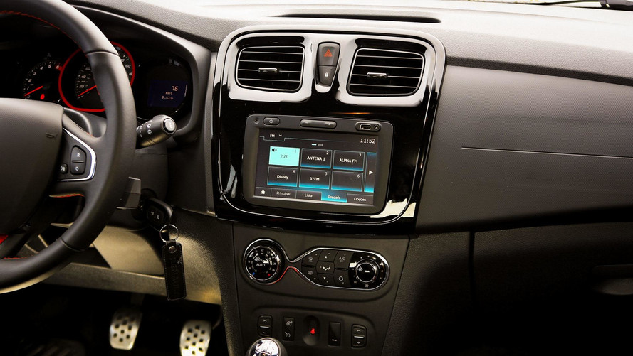 Multimídia da Renault ganha conectividade com Apple CarPlay e Android Auto