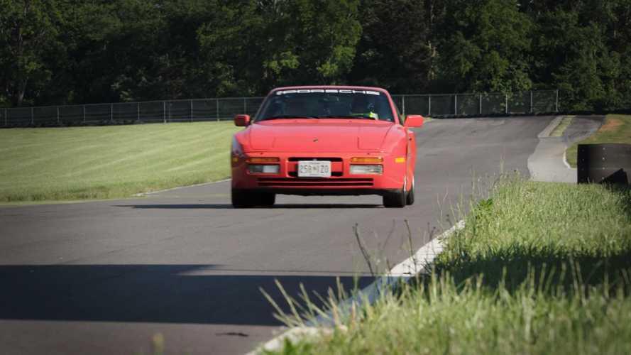 Porsche 944 vs Macan GTS