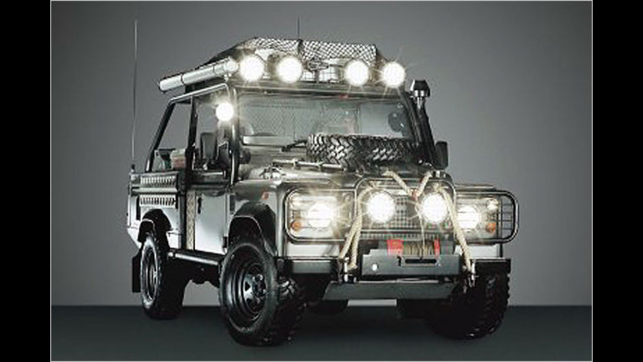 Land Rover Defender (Lara Croft: Tomb Raider)
