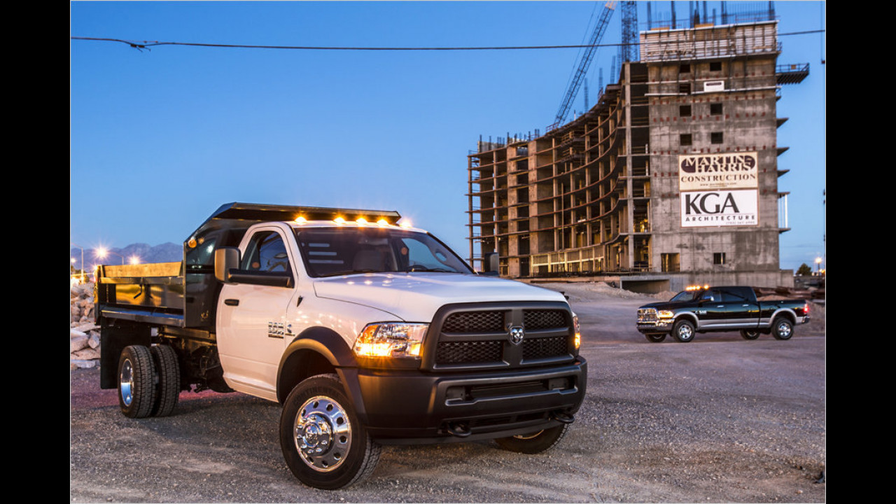 Dodge Ram 5500 Chassis Cab