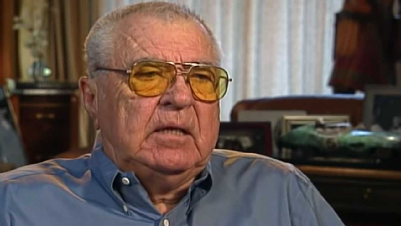 Watch Carroll Shelby Describes His Journey