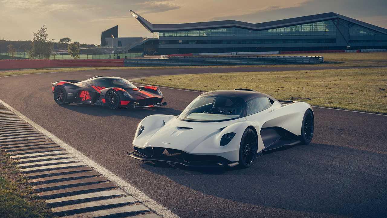 Les Aston Martin Valkyrie et Valhalla à Silverstone