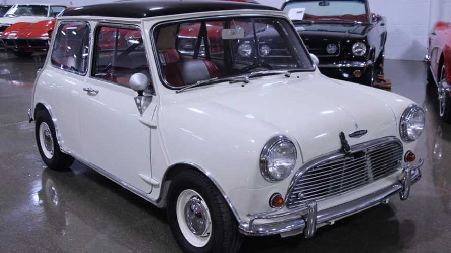 We've Just Fallen In Love With This 1967 Mini Cooper S!