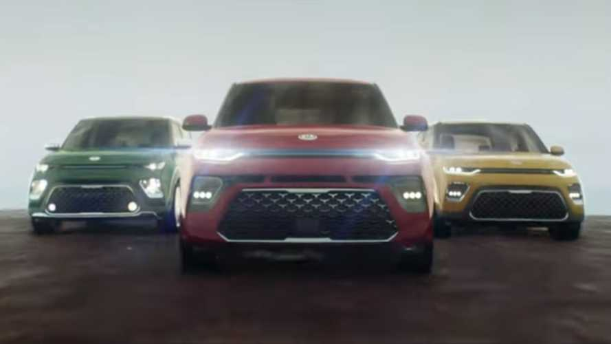 Kia Soul Ad Ditches Dancing Hamsters For Car-Eating Chameleon