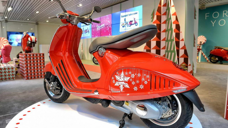 "Vespa per ""Save the Children"""