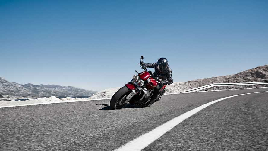 Triumph Rocket 3 R: da record nello 0-100!