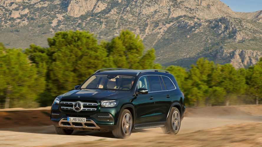 Названы рублевые цены на новый Mercedes-Benz GLS