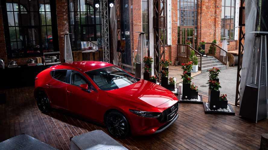 Новая Mazda3 уже в России: встречаем, изучаем, прицениваемся