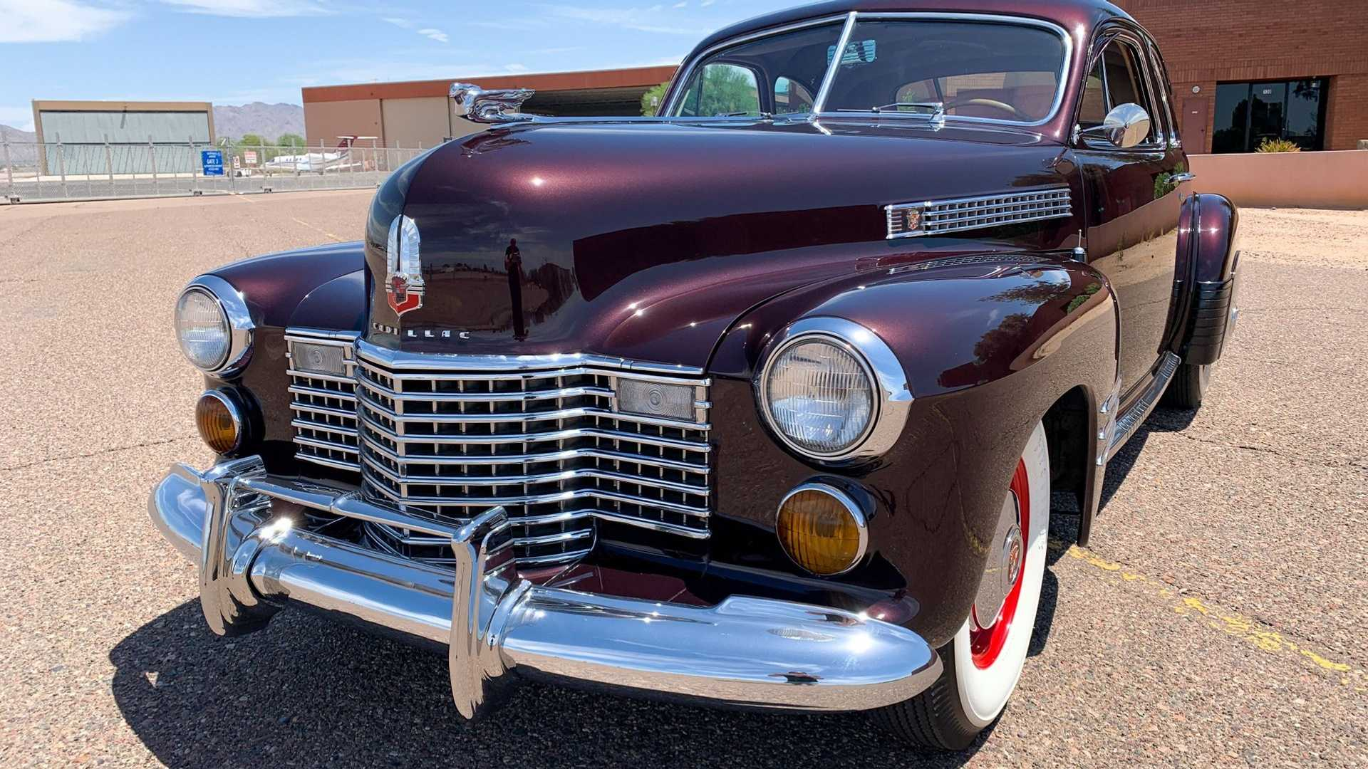 "[""Own This Near-Perfect 1941 Cadillac Series 62 Coupe Deluxe""]"