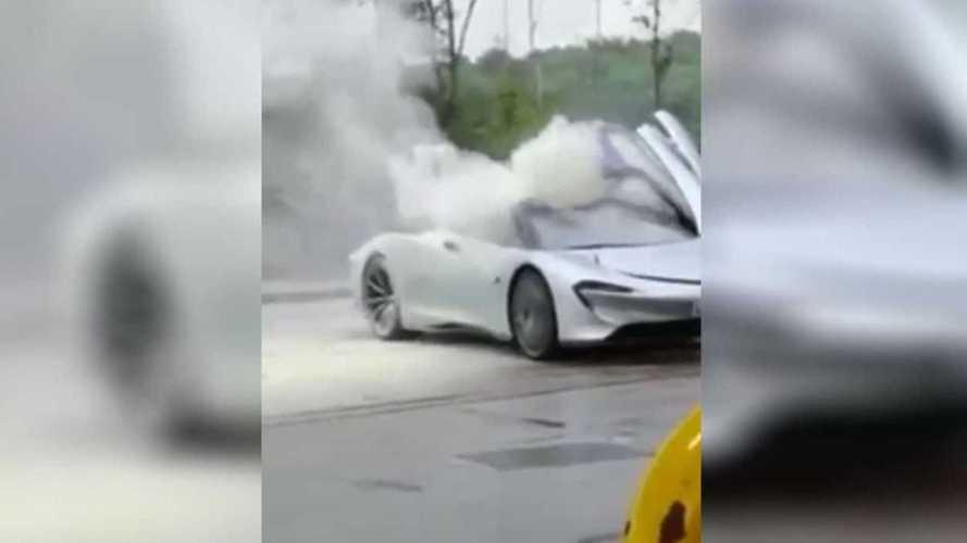 Un prototype de la McLaren Speedtail est (presque) parti en fumée