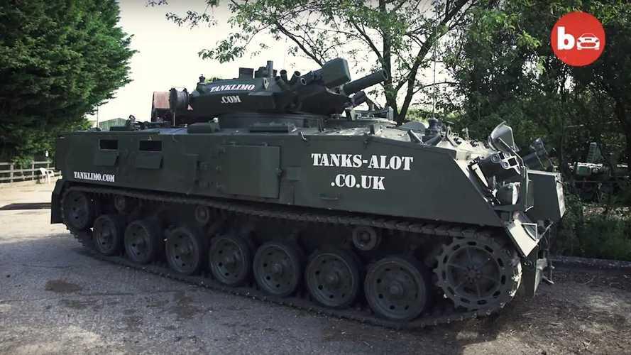 Este tanque limusina es la última moda para todo tipo de fiestas