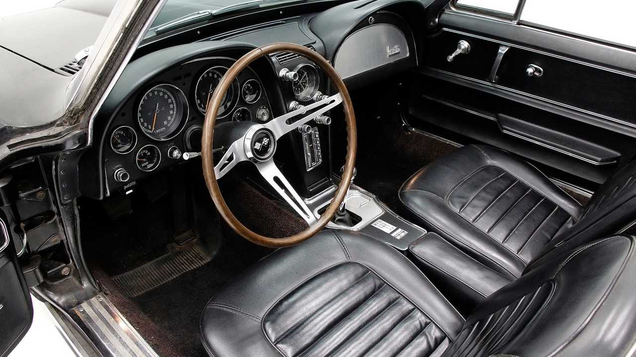 Have Some Topless Fun In A 1966 Chevrolet Corvette Roadster